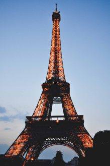 Eiffel_tower_02