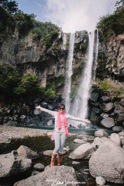 Jeongbang Waterfalls